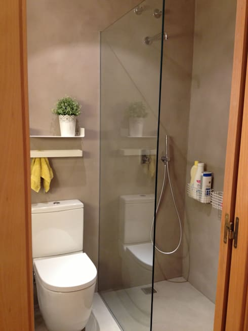 Baños de estilo  por LLOBET interiors