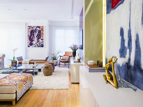 Sala de Estar/TV: Salas de estar modernas por Studio ML