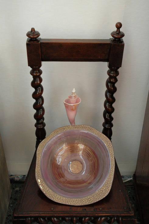 Hinteglasmalerei - Schale mit Unikat antiker Stuhl und Muschel:  Kunst  von Kristina Boneva - Unikate