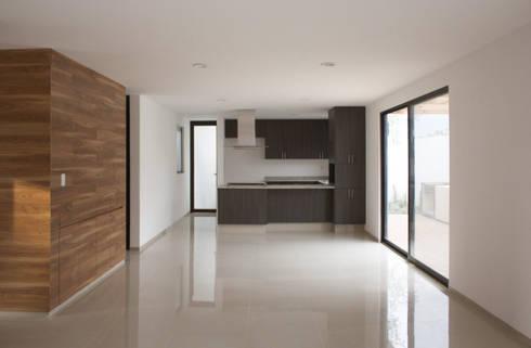 PLANTA LIBRE: Cocinas de estilo minimalista por Región 4 Arquitectura