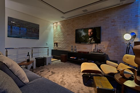 PUB BOLA: Salas multimídia modernas por Lucas Lage Arquitetura