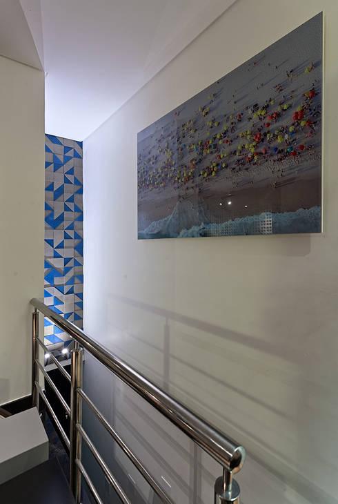 PUB BOLA: Corredores e halls de entrada  por Lucas Lage Arquitetura