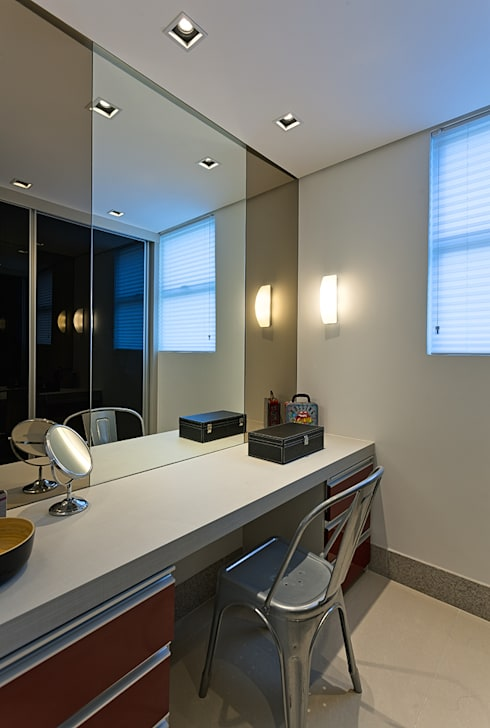 AP VN601: Closets modernos por Lucas Lage Arquitetura