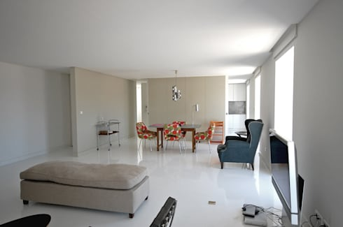 Renovação de apartamento na Junqueira: Salas de jantar modernas por Borges de Macedo, Arquitectura.