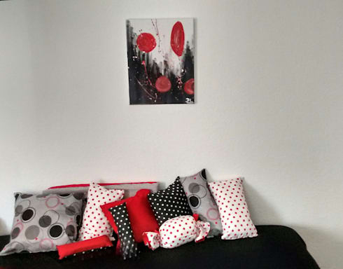 Red, black and white.: Livings de estilo minimalista por Ofelia Design