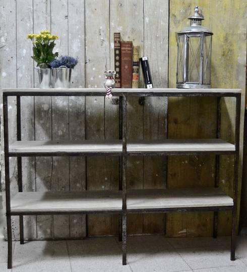 Estanteria de hierro forjado y madera reciclada de - Estanterias hierro forjado ...