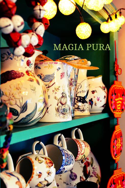 Vajilla clásica: Comedores de estilo clásico por Ani Alonso para Magia Pura