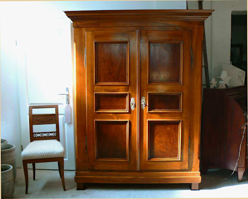 biedermeier schrank nussbaum massiv von schatzkiste homify. Black Bedroom Furniture Sets. Home Design Ideas