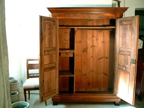 biedermeier schrank nussbaum massiv de schatzkiste homify. Black Bedroom Furniture Sets. Home Design Ideas