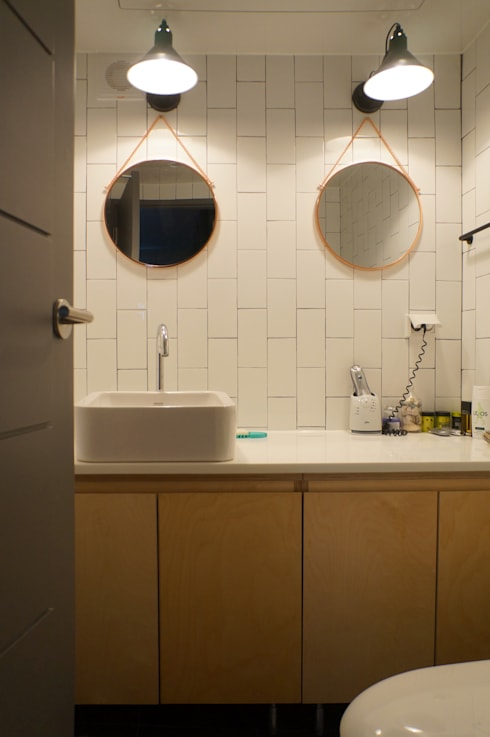 33평형 모던 아파트 인테리어: 마르멜로디자인컴퍼니의  욕실