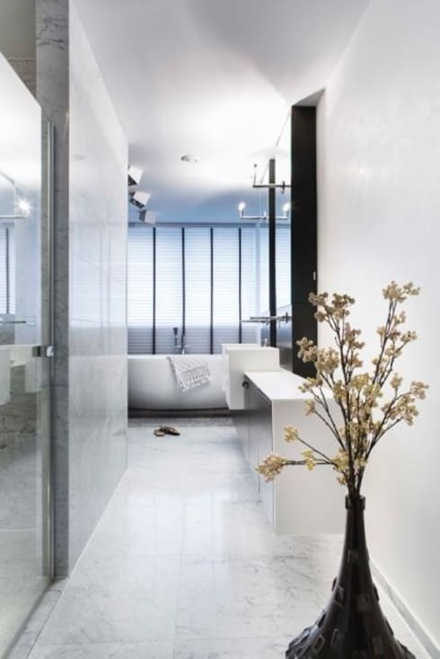 Bagno in stile in stile Moderno di Smeele | ontwerpt & realiseert