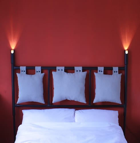 Dormitorios de estilo  por Rekoforma