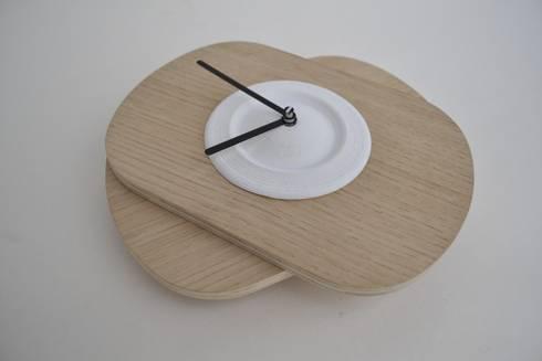 White PLA color +Oak Wood  : Casa  por Suricata Design Studio