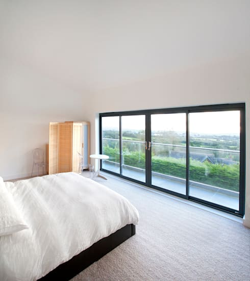 Trevanion, Bude, Cornwall:  Bedroom by The Bazeley Partnership