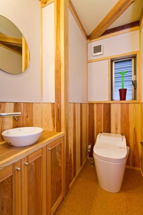asian Bathroom by shu建築設計事務所
