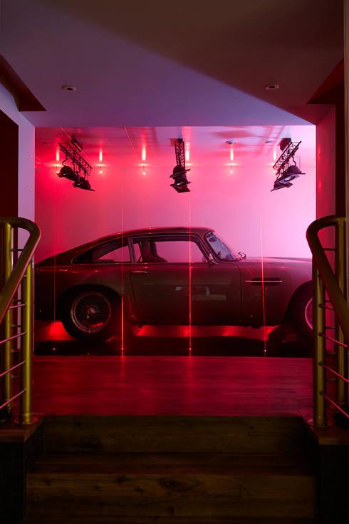 Garage / Hangar de style  par Rousseau