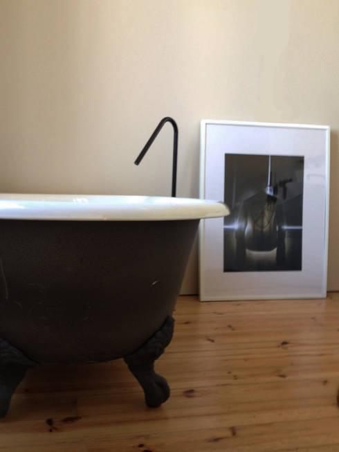 Cumeada: Casas de banho  por Consigo Interiores