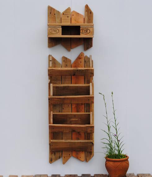 flur ideen aus paletten holz von irekholzart homify. Black Bedroom Furniture Sets. Home Design Ideas