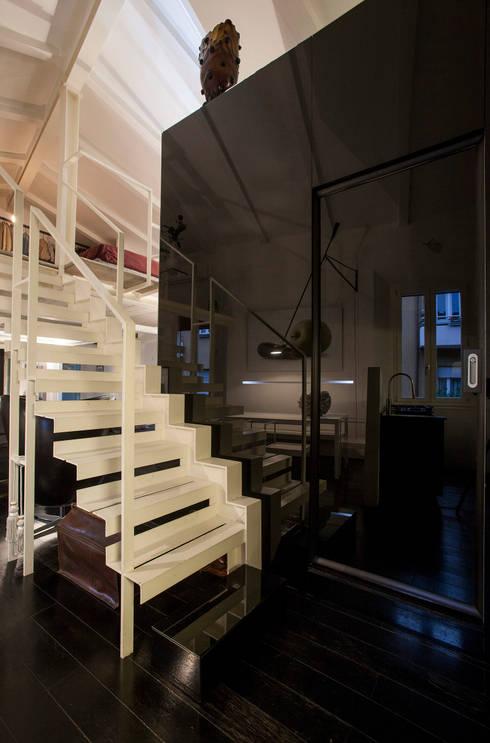 Projekty,  Korytarz, przedpokój zaprojektowane przez Immagine di Cristian Iotti Fotografo