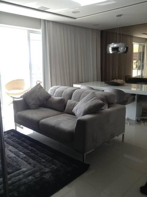 Desenho e Decoração de Apartamento no Bairro de Fátima, Fortaleza: Salas de estar modernas por 4R Arquitetura