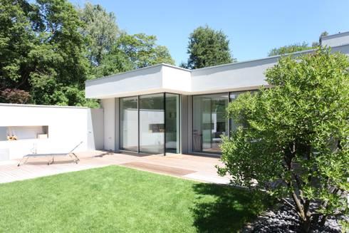 umbau sanierung eines bungalow von neugebauer architekten bda homify. Black Bedroom Furniture Sets. Home Design Ideas