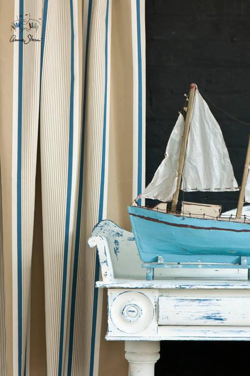 Granville aus der Annie Sloan Fabric Collection:  Wohnzimmer von homify