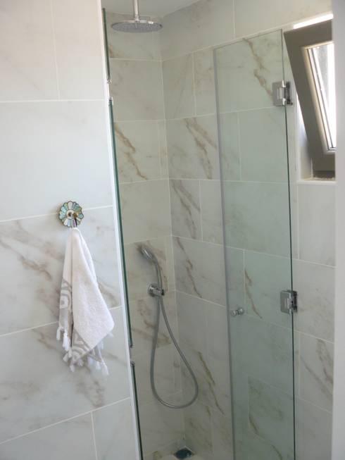 Katizi Mimarlık – SUNAY EVİ  Artur Sitesi Ayvalık: akdeniz tarzı tarz Banyo