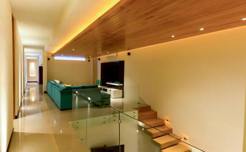 Residencia 41BJ : Salas de estilo moderno por r79