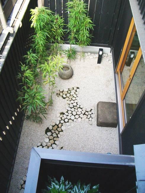 坪庭。: 酒井光憲・環境建築設計工房が手掛けた庭です。
