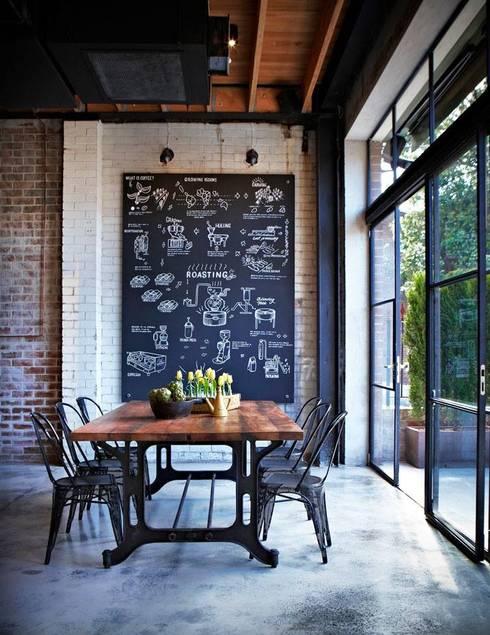 Dinding by PIXIE progetti e prodotti