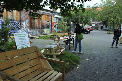 Sofa aus Paletten - Upcyclingbörse Hannover: ausgefallener Garten von Bauteilbörse Hannover