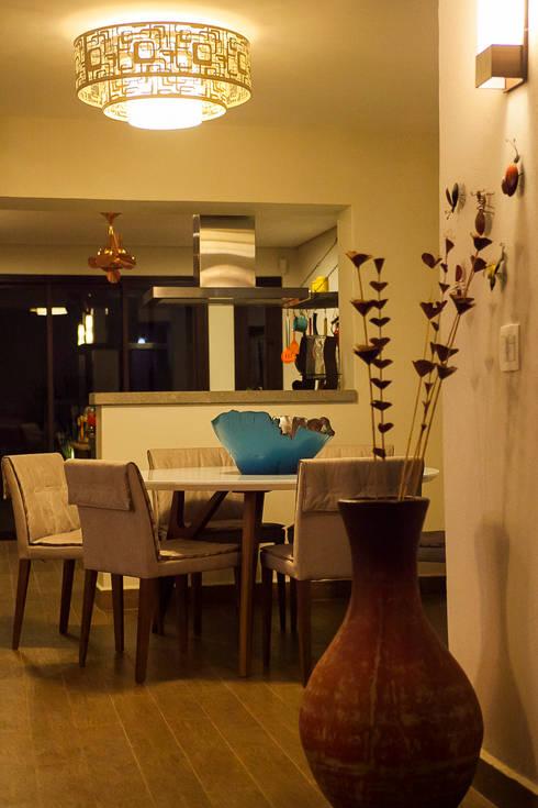 Casa aconchegante: Salas de jantar rústicas por Barbara Fantelli arquitetura e interiores