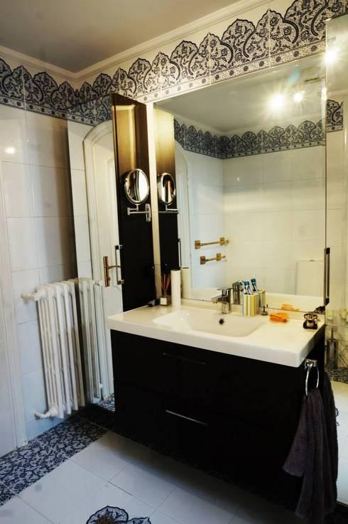 Bozantı Mimarlık – Erenköy'de Ev: modern tarz Banyo