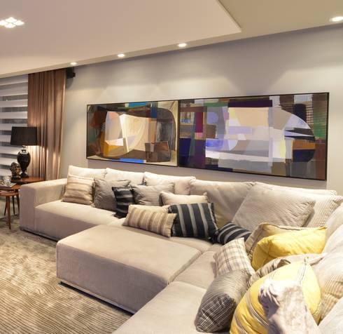 Apartamento Orla Marítima: Salas de estar modernas por ANNA MAYA & ANDERSON SCHUSSLER