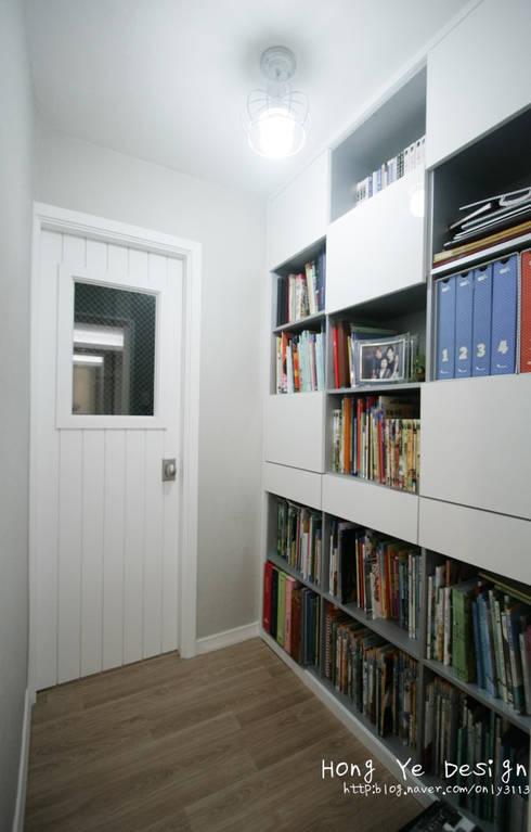 Study/office by 홍예디자인