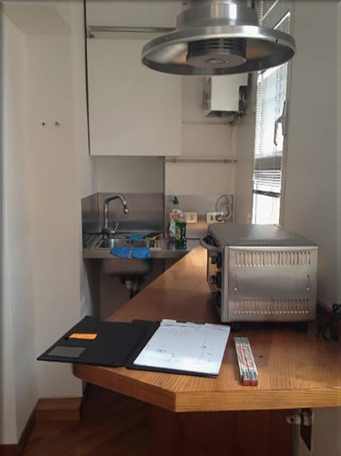 prima lavello 2: Cucina in stile  di My Home Attitude - Barbara Sala