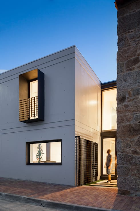 Casas de estilo  de FPA - filipe pina arquitectura