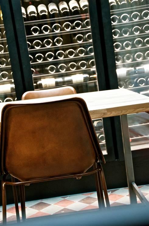 les secrets d 39 une cave vin d 39 exception. Black Bedroom Furniture Sets. Home Design Ideas