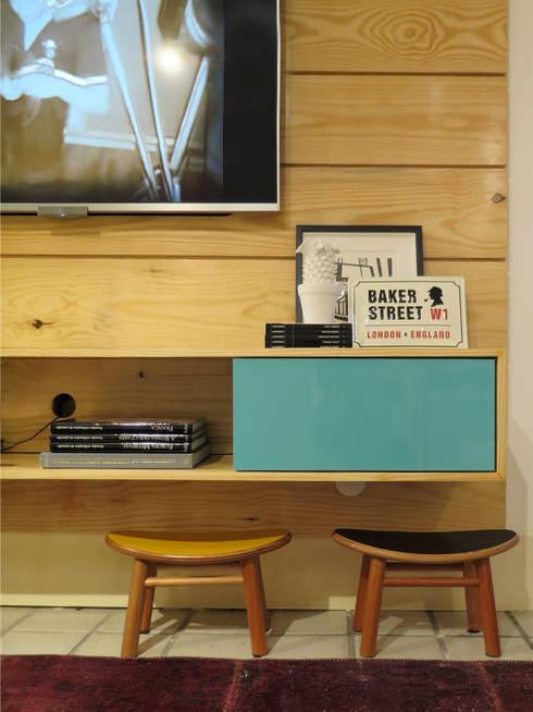 Livings de estilo  por Rede Arquitetos