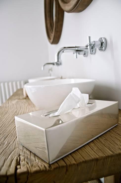 Projekty,  Łazienka zaprojektowane przez Cabanes & Chateaux