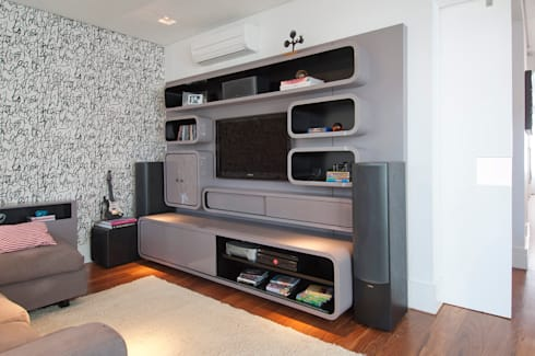 Casa Brooklin: Salas multimídia modernas por Figoli-Ravecca Arquitetos Associados