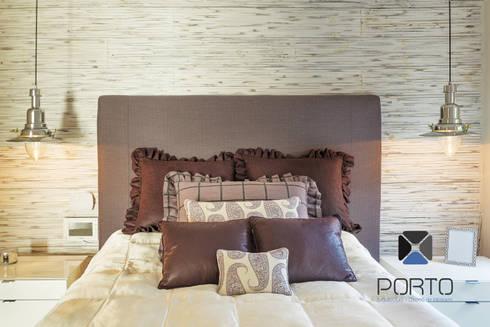 Proyecto Residencial <q>La Ramona.</q>: Recámaras de estilo ecléctico por PORTO Arquitectura + Diseño de Interiores