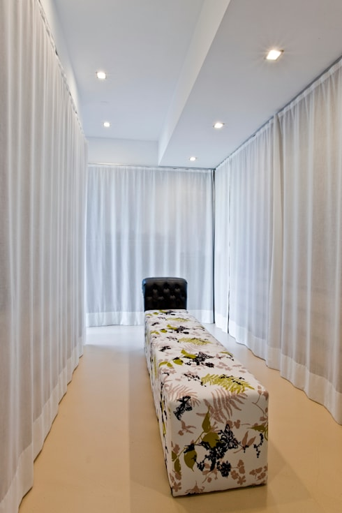 Dressing room by Viterbo Interior design