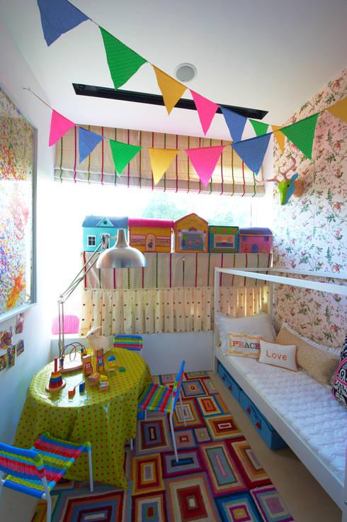 Cuartos infantiles de estilo  por Viterbo Interior design