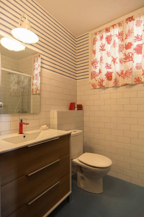 Badezimmer von Apal Estudio