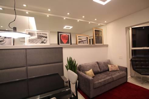 Sala de estar: Salas de estar minimalistas por Pricila Dalzochio Arquitetura e Interiores