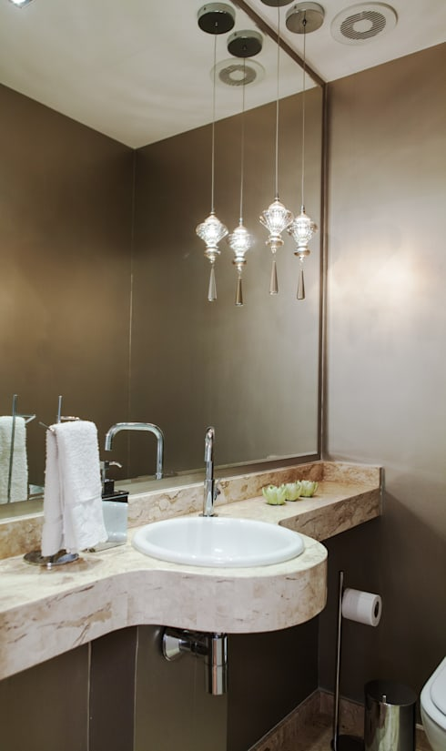 Conforto e Bem Estar: Banheiros modernos por Lilian Barbieri Interior Design