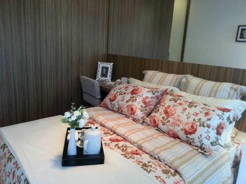 Suite casal: Quarto  por SD arquitetura & Interiores