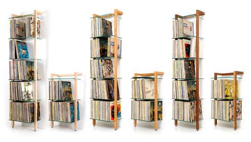 quadra schallplattenregal aus massivholz mit 3 und 6 glasbden - Schallplattenregal
