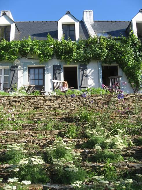 Escalier-jardin, Belle-Ile en Mer: Jardin de style de style Moderne par Atelier Roberta